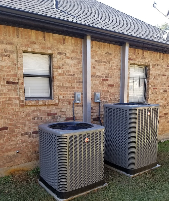 Air conditioning unit at a residential Texas home